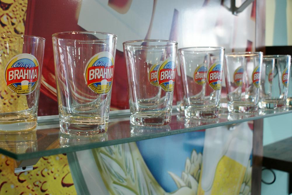 decoracao boteco brahma : decoracao boteco brahma: brahma dessa forma você aprecia o autêntico chopp brahma como nunca